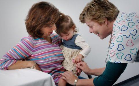 Baby Arzt Untersuchungen